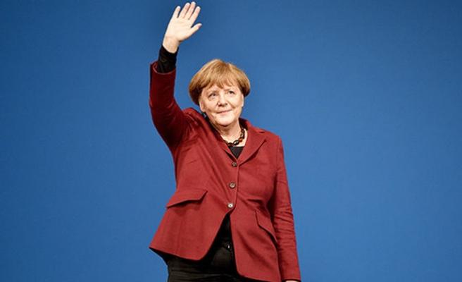 Merkel yine Türkiye yolcusu