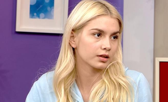 Aleyna Tilki, Emrah Karaduman'ın başından ayrılmıyor