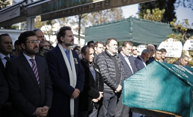 Eski Türkiye güzeli Manolya Onur son yolculuğuna uğurlandı