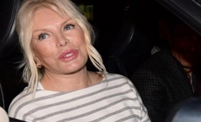 Ajda Pekkan, Nur Yerlitaş'ı takipten çıkardı