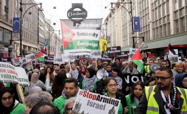 Balfour Deklarasyonu, 100. yılında Londra'da protesto edildi