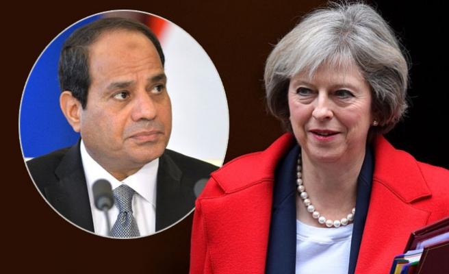 Başbakan'dan, Mısır lideri Sisi'ye taziye telefonu