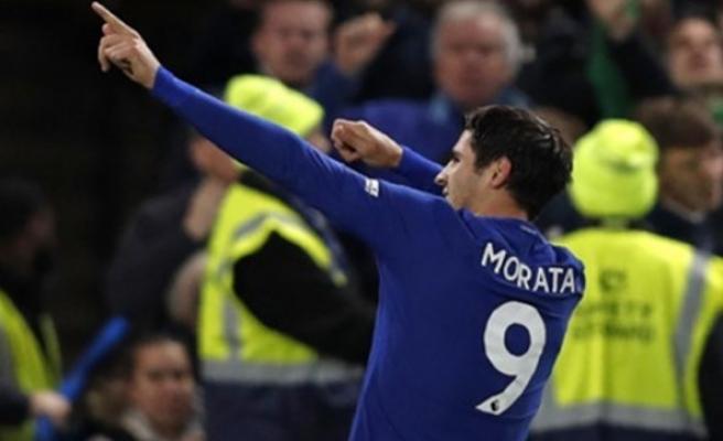 Chelsea, Manchester United'ı İspanyol yıldızıyla geçti