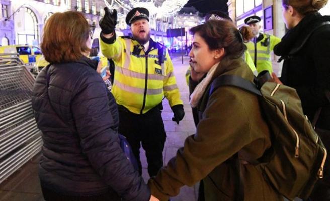 Londra Polisi'nden 'Metroda saldırı' açıklaması