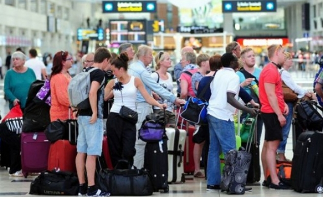 Türkiye'de yabancı turist sayısı yüzde 28 arttı