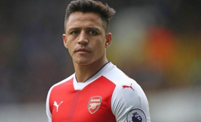 Alexis Sanchez Arsenal'in Bournemouth maçı kadrosuna alınmadı