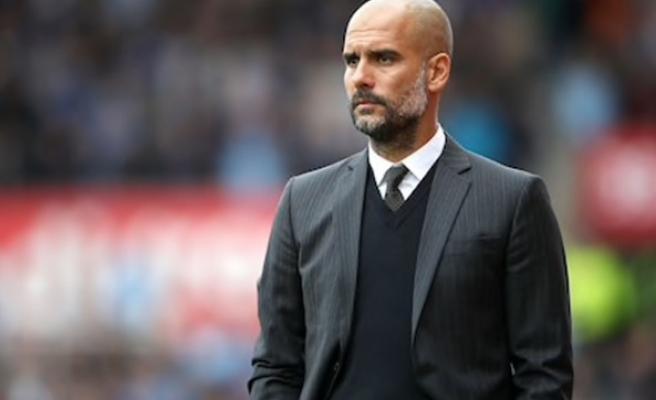 Guardiola, maçta siyasi mesaj verdiği için ceza aldı