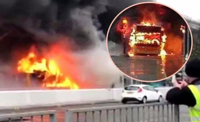 Londra'da havaalanındaki yangın uçuşları iptal ettirdi