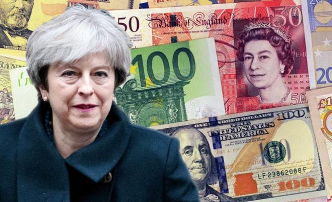 May, Brexit için konuştu, Sterlin değer kaybetti