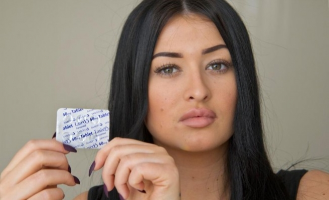 Poposuna Türkiye'de estetik yaptıran İngiliz kadın şikayetçi