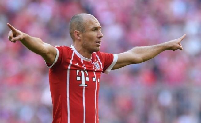 Bayern Münih, Arjen Robben'in sözleşmesini 1 yıl uzattı