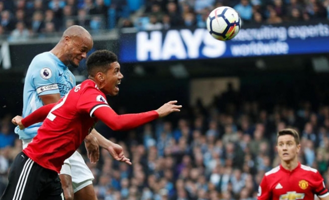 Büyük Derbinin Galibi Manchester United Oldu