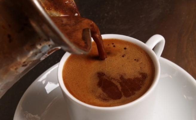 Günde 2 fincan kahve uyarısı