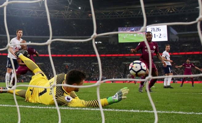 Manchester City, Tottenham'a evinde acımadı