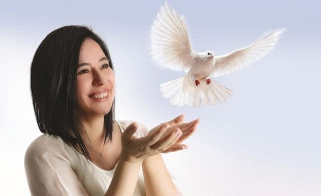 Seda Bağcan'dan Sevgi ve Aşk Dağıtan Albüm