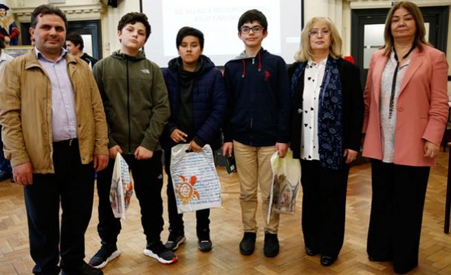 Bilgi Yarışması'nın Birincisi Manchester Selimiye Türk Okulu