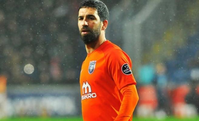 Medipol Başakşehir'de Arda Turan PFDK'ya sevk edildi