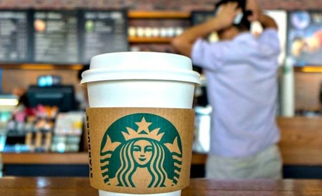 Starbucks 8 bin şubesini ırkçılık eğitimi için kapatacak