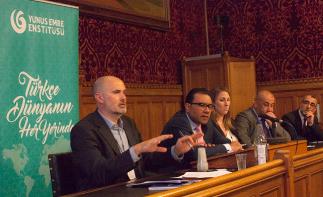 Türkiye ve Suriyeli Göçmenler İngiliz Parlamentosunda Konuşuldu