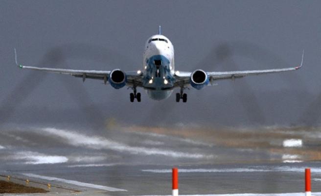 Bomba notu bulunan yolcu uçağı acil iniş yaptı
