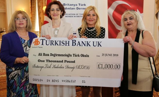Britanya Türk Kadınları Derneğinden, Londra'daki Türk Okullarına Anlamlı Bağış