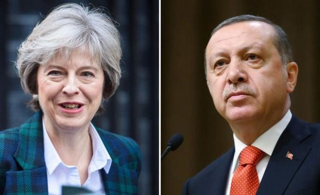 İngiltere Başbakanı May'den, Erdoğan'a tebrik telefonu