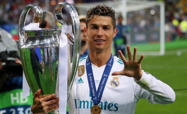 Ronaldo, arkadaşlarıyla vedalaştı: Takımdan ayrılıyorum