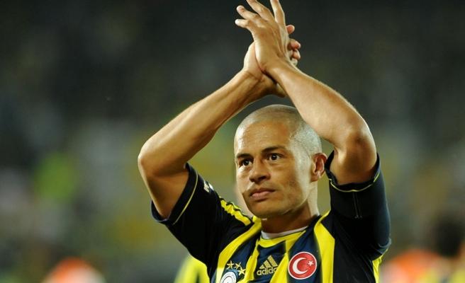 Alex'ten Fenerbahçelilere mesaj