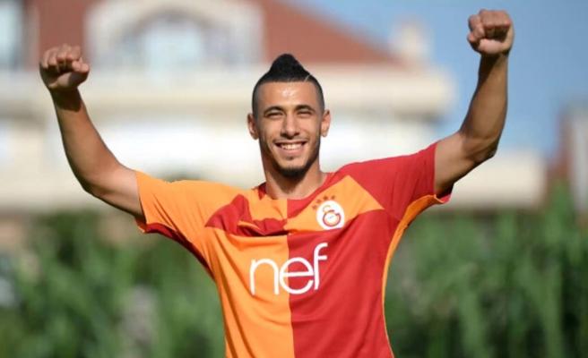 Belhanda Galatasaray'da kalacağına karar verdi