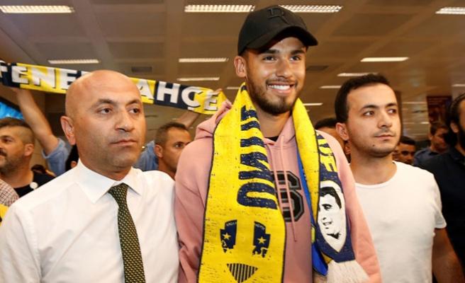 Fenerbahçe'nin yeni transferi Diego Reyes İstanbul'da