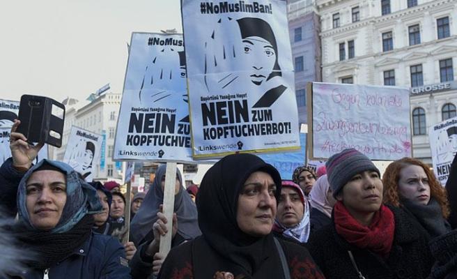 Avusturyalılardan başörtüsü tartışmalarına tepki