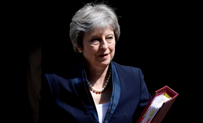 Başbakan May, Rus İstihbaratını İşaret Etti