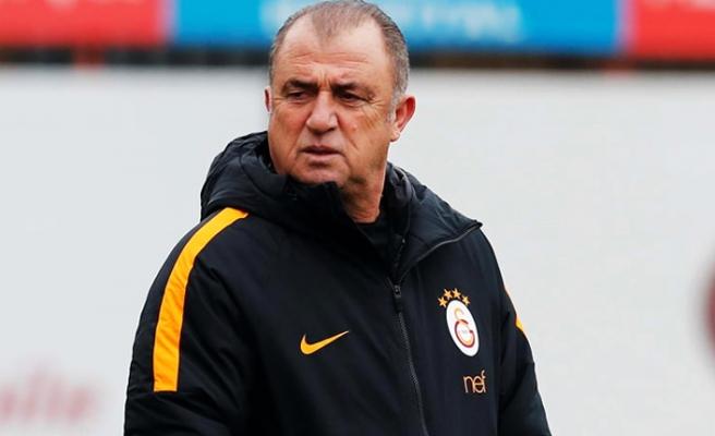 UEFA ilk 11'ine Fatih Terim'i seçti