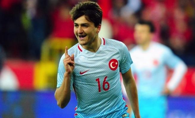 Nuri Şahin: Cengiz Ünder iyi ve zeki bir futbolcu