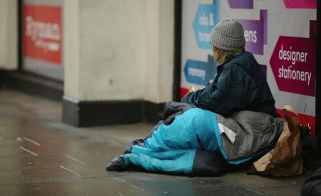 İngiltere ve Galler'de bir yılda yaklaşık 600 evsiz öldü