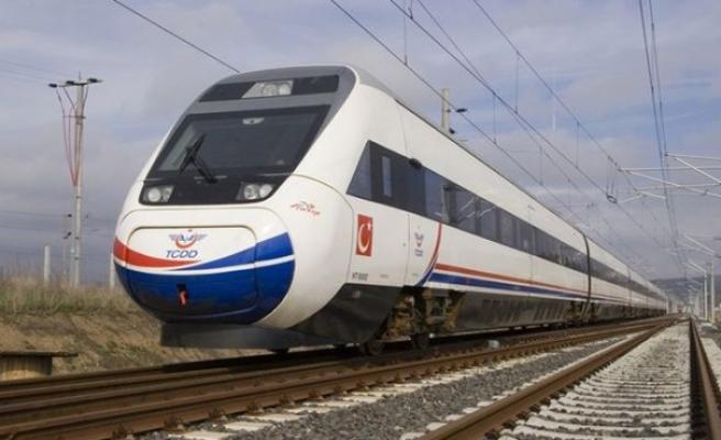 TÜVASAŞ 'Milli Tren Projesi' için mühendis alacak