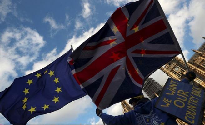 AB Brexit için 'acil durum' planını görüşecek