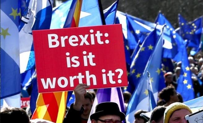 Brexit İngilizler'in sinirlerini bozdu