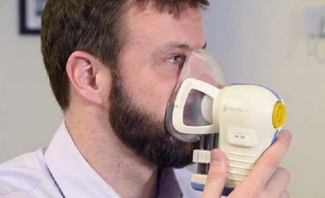 İngiltere'de kanseri erken teşhis edebilecek nefes testi deneniyor