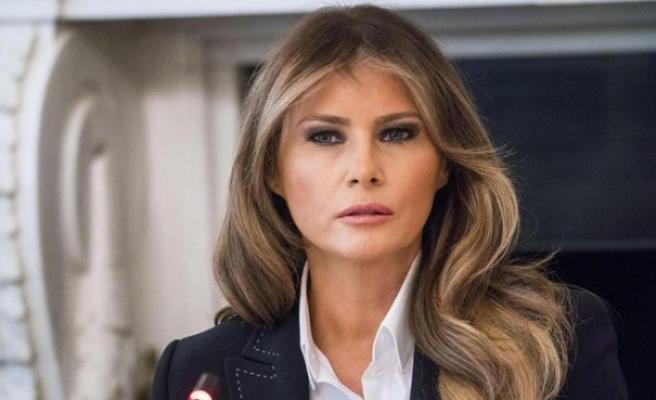 İngiliz Telegraph gazetesinden Melania Trump'a tazminat