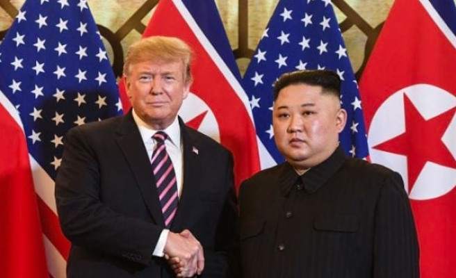 ABD Başkanı Trump ile Kuzey Kore lideri Kim biraraya geldi