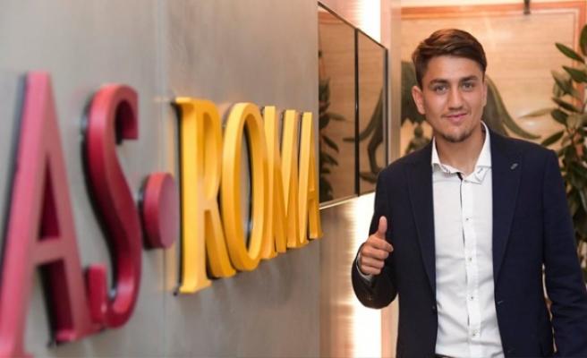 Cengiz Ünder: Roma'da oynadığım için gurur duyuyorum