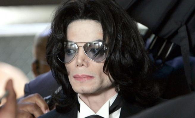Micheal Jackson'un, sorgu sırasında çekilmiş yeni görüntüleri ortaya çıktı