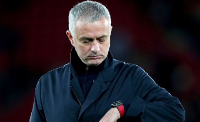 Mourinho'ya vergi kaçakçılığı suçundan 1 yıl hapis cezası