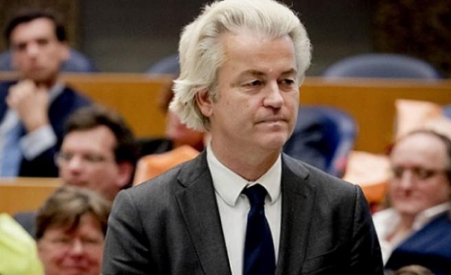 Wilders'den, çifte vatandaş Türklerin oy vermesini yasaklatma girişimi