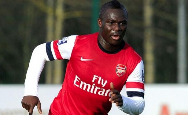 Arsenal'ın eski futbolcusu Emmanuel Frimpong, kariyerini noktaladı