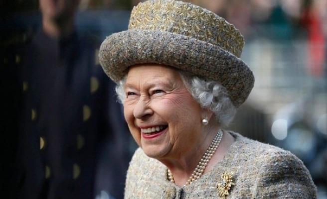 Kraliçe Elizabeth, ilk sosyal medya paylaşımını yaptı