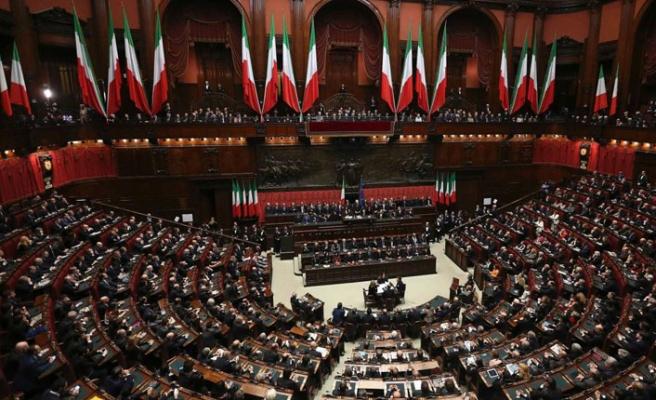 """İtalyan meclisi """"sözde Ermeni soykırımı"""" önergesini kabul etti"""