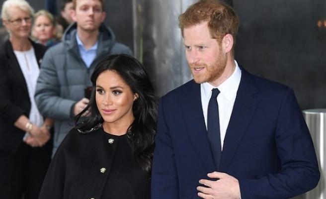 'Prens Harry ve eşi Meghan, Instagram kullanıcı adımı elimden aldılar'