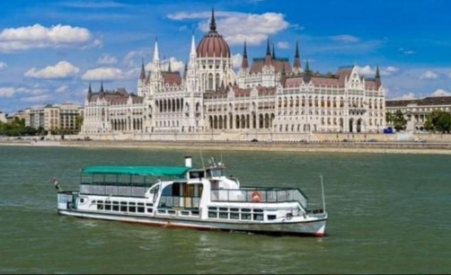 Budapeşte'de Tuna Nehri'ndeki kazada 7 kişi öldü, kayıplar için umut azalıyor